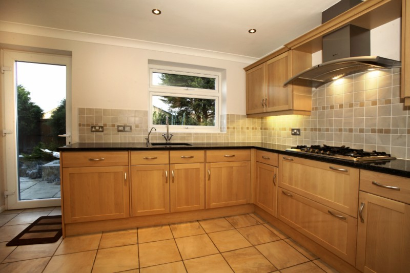 j r roy carpenters and builders ltd fully fitted kitchens