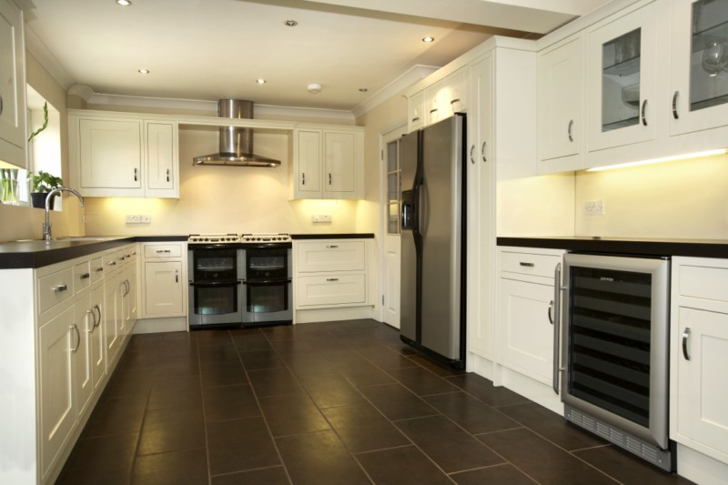 J r roy carpenters and builders ltd fully fitted kitchens for Fitted kitchens